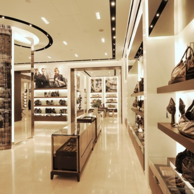Burberry-opens-new-store-in-Singapore-01